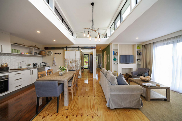 Container homes shipping containers converted into homely for Shipping container sizes for homes
